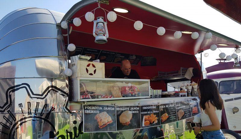 Caravana de comida callejera mediterránea, La Factoria