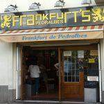 Frankfurt Pedralbes, las míticas salchichas ahora en casa