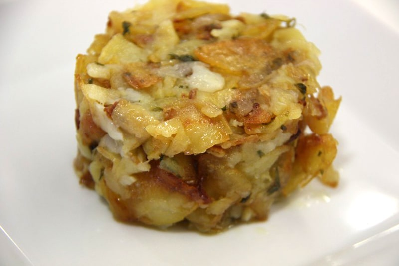 Patatas a lo pobre en microondas receta.