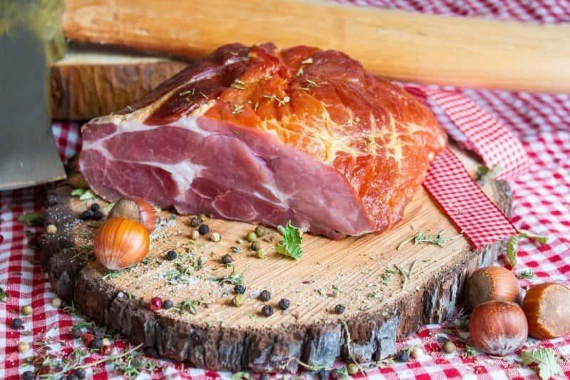 Alimentos que suben la tensión: Carne roja y embutidos