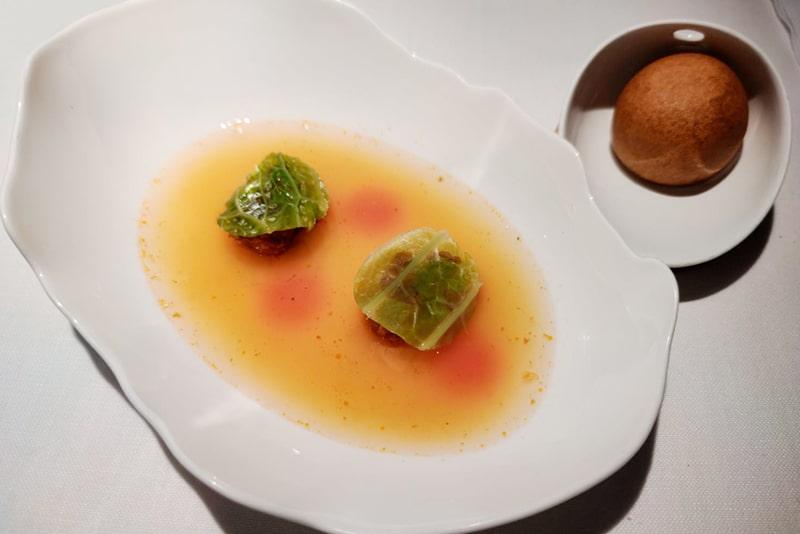 La Pringá del cocido, berza y su caldo. Plato restaurante Pepe Rodríguez Rey