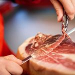 Consejos para cortar manualmente jamón ibérico